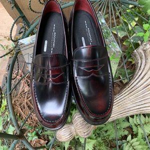Rockport loafers . Men's 9.5